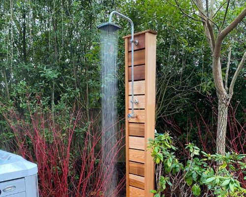 Luxury outdoor showers